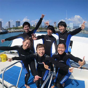 ハワイで本格的なボート体験ダイビング