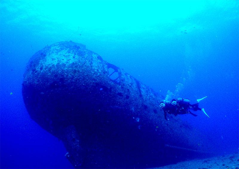 ハワイの巨大な沈没船ダイビング・サンペドロ